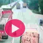 نجات معجزه آسای موتور سوار چینی