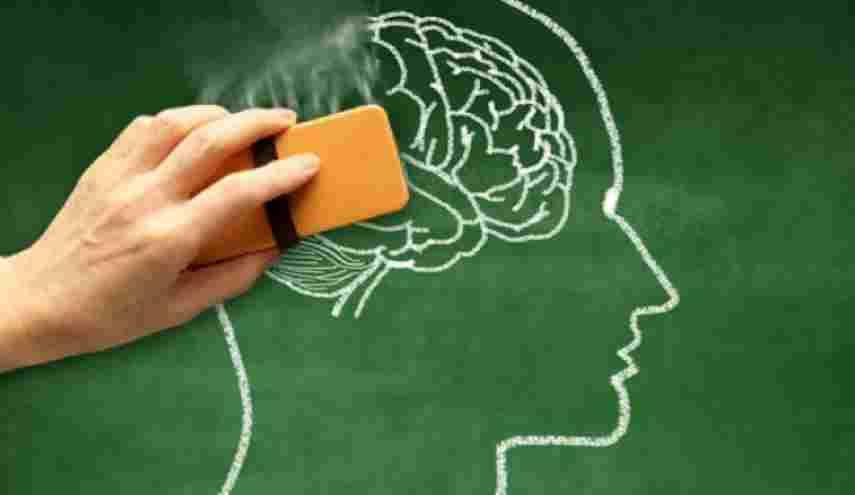 آلزایمر چیست؟ + علائم و درمان