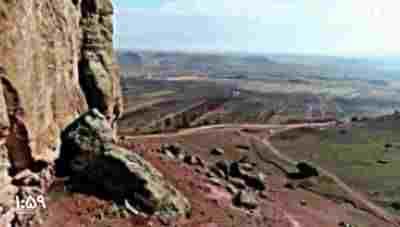 کلیپ تصویر هوایی ، یکی از خاص ترین دره های دنیا ، در ایران - دره تنگ + ویدئو