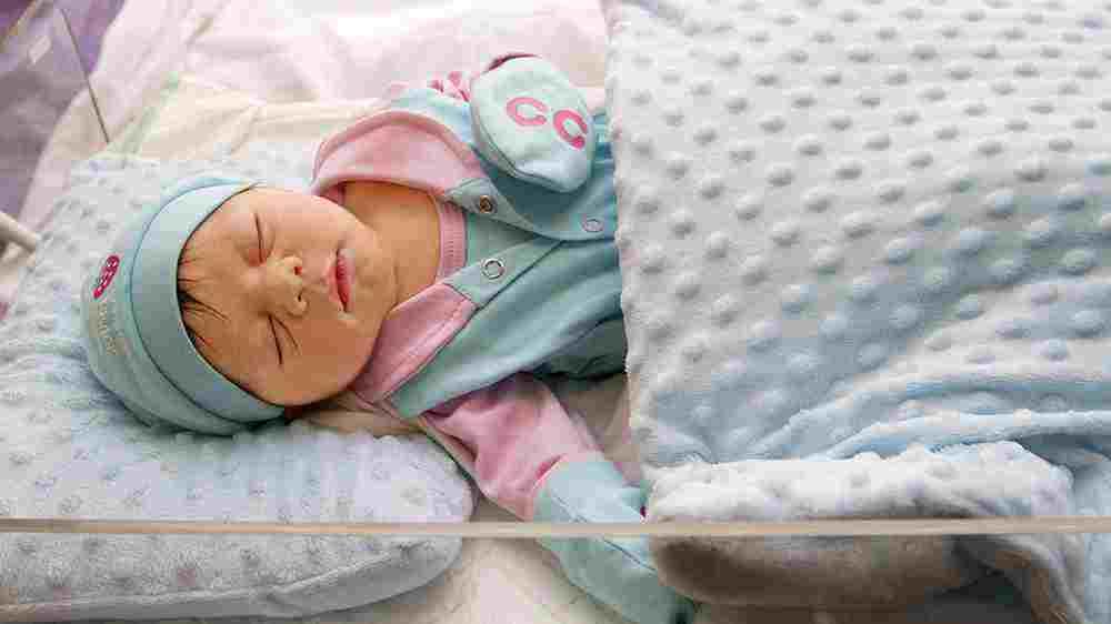 بررسی تنفس کودک هنگام خواب
