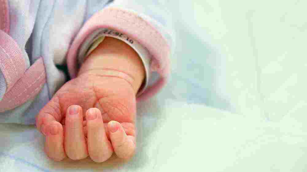 آپنه یا وقفۀ تنفسی نوزاد در خواب