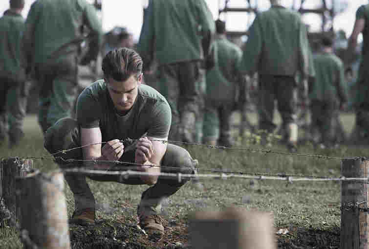 دانلود فیلم Hacksaw Ridge 2016سه تیغ جهنمی دوبله فارسی + 720 ، 1080