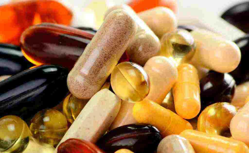 مضرات مصرف بی رویه ویتامین ها و مکمل ها