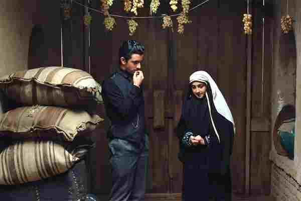 دانلودفیلم یتیم خانه ایران